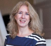 Anne van Dinther